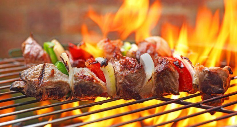 Grillen: Ganz Feuer und Flamme